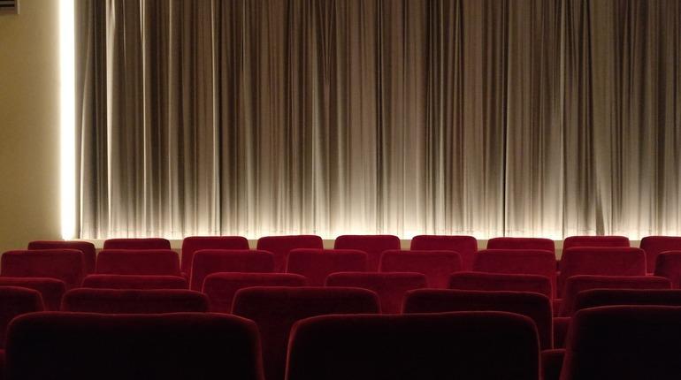 Netflix может лишиться показа фильмов на кинофестивале