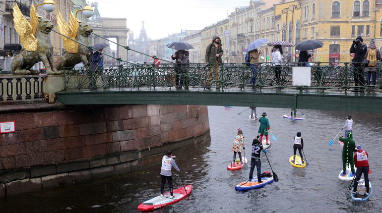 Навигация на всех реках Петербурга, кроме Невы, начнется с 20 апреля 2018 года, сообщает NevaToday.
