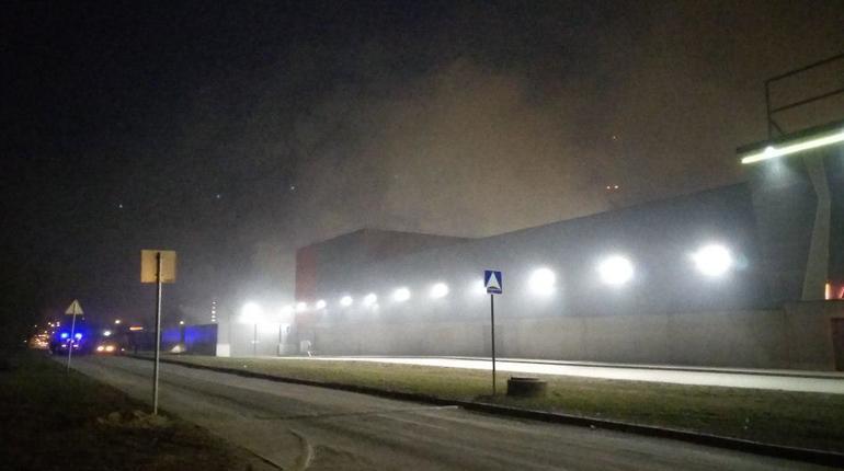 Угипермаркета «Лента» наПланерной произошел пожар— Петербург