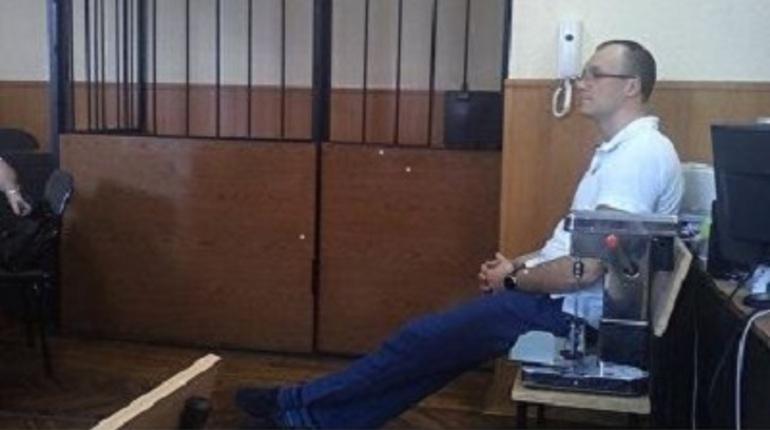 Дзержинский районный суд Петербурга огласит 20 апреля приговор одиозному петербургскому ростовщику Юрию Зайвию, который сдавал в аренду заемщикам их собственные квартиры.