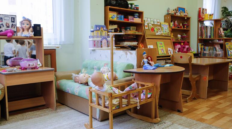 Более 7 тысячам петербуржцев не хватает мест в детских садах