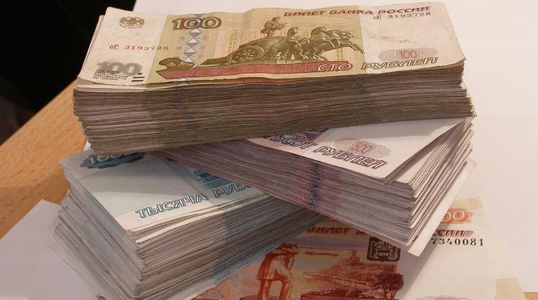 Нелегальные банкиры в Петербурге обналичили 2,8 млрд рублей