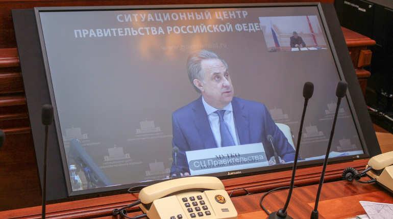 В ходе видеоконференции с вице-премьером Виталием Мутко вице-губернатор Игорь Албин пообещал сдать в срок все объекты к ЧМ-2018 в Петербурге. По его словам, стадион на Крестовском испытают в срок, 13 мая, а строительство
