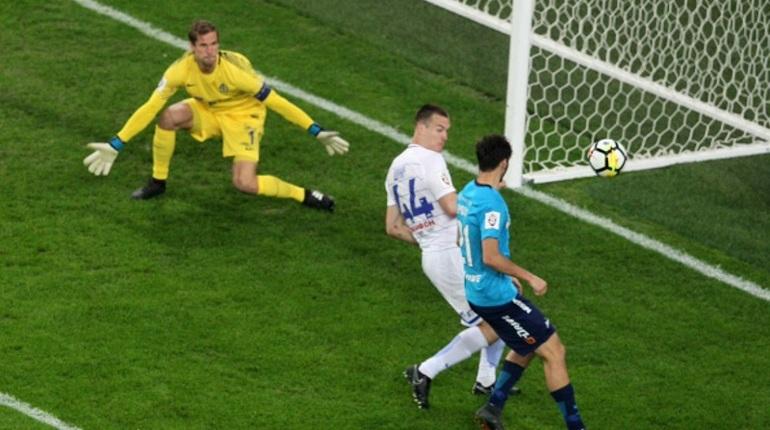 Гол 17-летнего Скроботова принес «Зениту» победу над «Динамо»