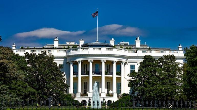 Секретная служба заблокировала Белый дом: стали известны причины