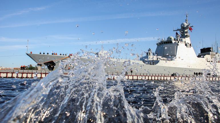Поместится ли Главный военно-морской парад в Кронштадте