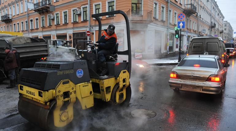 Ограничения движения введут с 23 апреля по 7 мая на нескольких улицах Санкт-Петербурга.