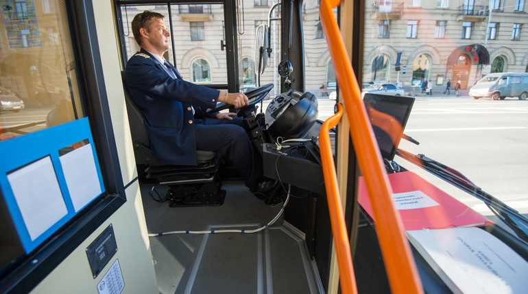 Ремонтные работы изменят движение троллейбусов у метро «Черная речка»
