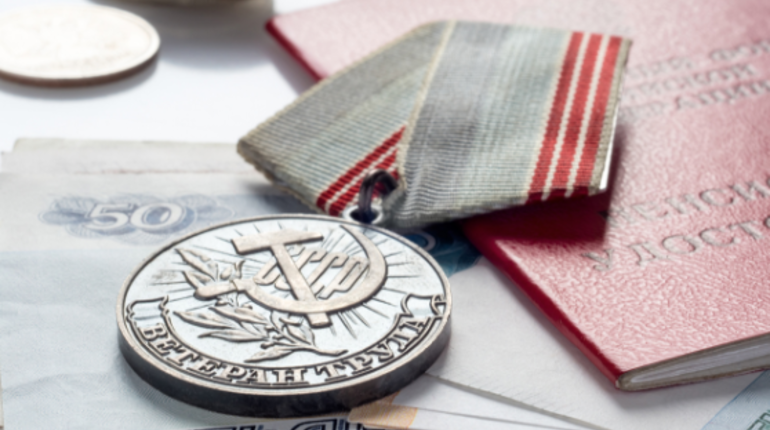 «Единая Россия» предложила отмечать новый праздник: День ветерана труда