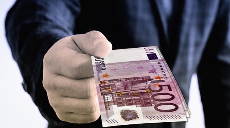 Финляндия прекратит эксперимент по раздаче денег