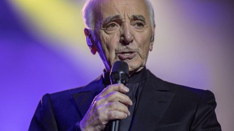 ВПетербурге отменили концерт Шарля Азнавура из-за болезни артиста