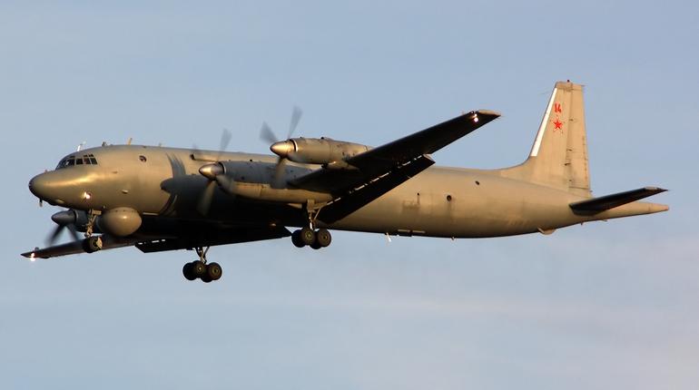 Винтернете  появилось 2-ое  видео аварийной посадки Ил-38 вЖуковском