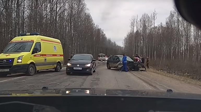 В Ленобласти водитель Ford погиб при обгоне