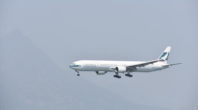 В КНР пассажир дорого заплатит за стремление «проветрить» самолет
