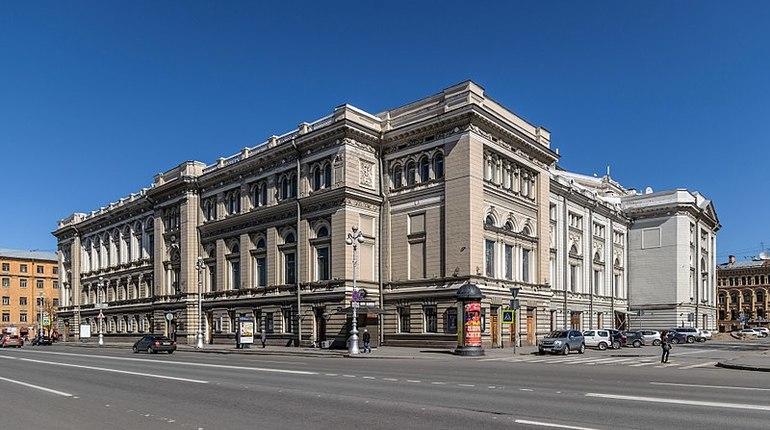 Компания требует от Минкульта выплатить неустойку за расторжение контракта на реставрацию консерватории имени Римского-Корсакова.