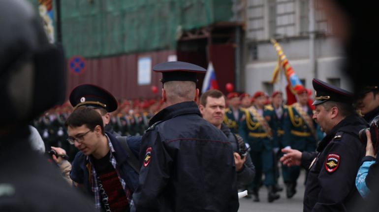 В Петербурге выпустили двух задержанных, оштрафовав на 500 рублей