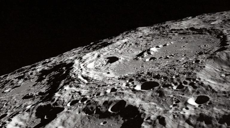 Ученые: лунная пыль способна убить человека