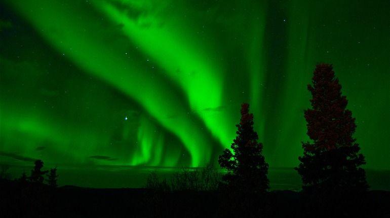 Последняя вспышка на Солнце может подарить Петербургу полярное сияние
