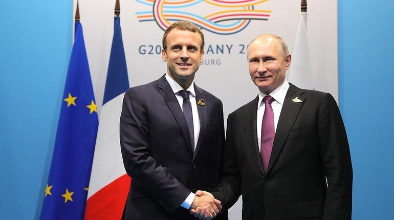Путин иМакрон обсудили подготовку ПМЭФ