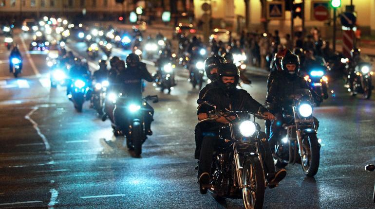 Мотоциклисты по всей России не первый год сталкиваются с проблемой, когда страховые компании отказываются заключать с ними договоры ОСАГО. Не обошла стороной эта беда и Петербург. В нашем городе не могут получить полис около половины всех байкеров.