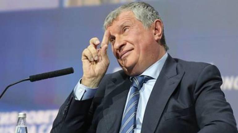 Сечина вызвали повесткой на процесс по делу Улюкаева