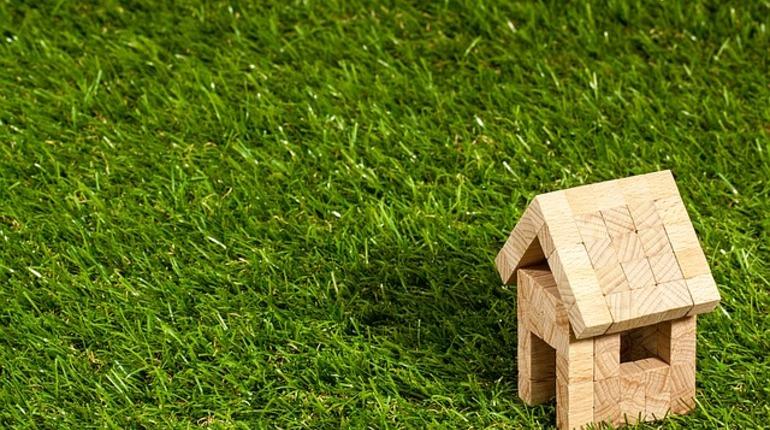 Депутат Госдумы от ЛДПР Василий Власов предлагает министерству строительства и жилищно-коммунального хозяйства выдавать ипотеку россиянам с 14 лет с правом сдавать недвижимость в аренду.