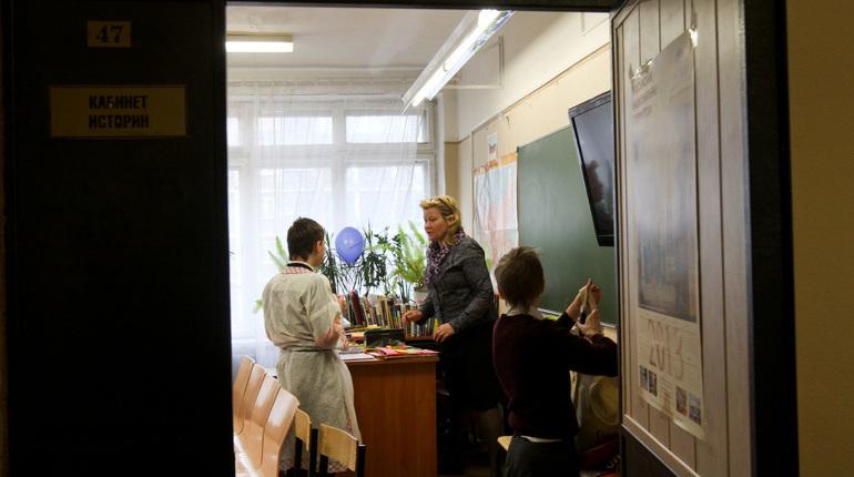 Почти 10 млрд рублей в прошлом году администрация Приморского района потратила на систему образования. Об этом на заседании правительства Петербурга рассказал глава Приморского района Николай Цед.