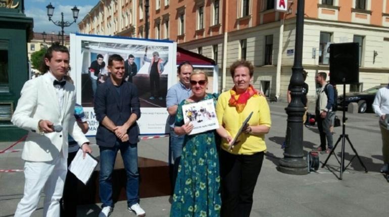 Фотовыставку фонда Кержакова открыли в Санкт-Петербурге