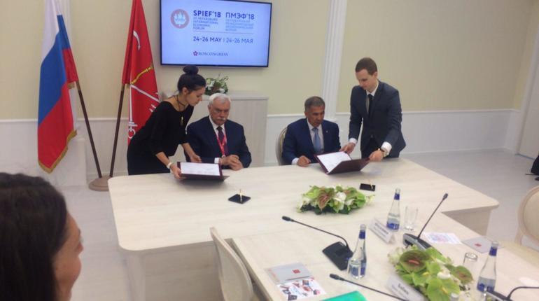 Петербург подписал первое соглашение на ПМЭФ
