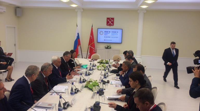 ВТБ выпустит 100 тысяч «Единых карт петербуржца»