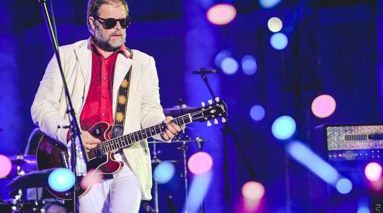 Борис Гребенщиков спел матную песню для гостей ПМЭФ
