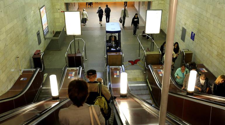Станции «Площадь Восстания-2″ и»Выборгская» открыты после проверки
