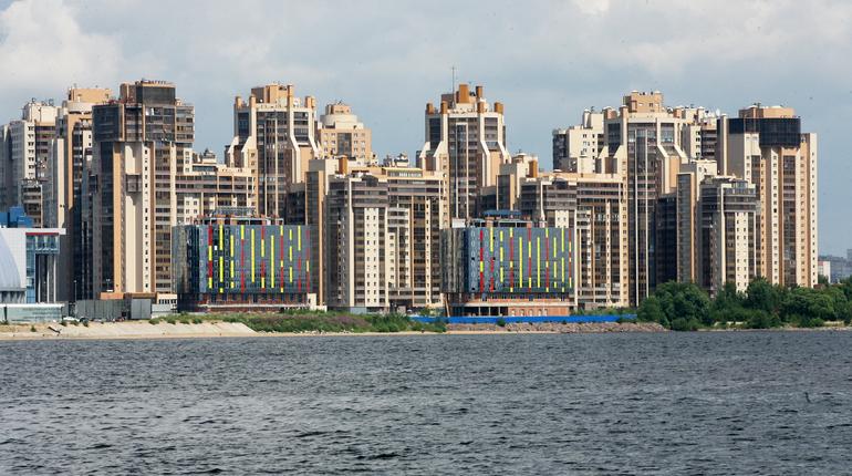 Цены на квартиры в Петербурге отправляют россиян в Магнитогорск