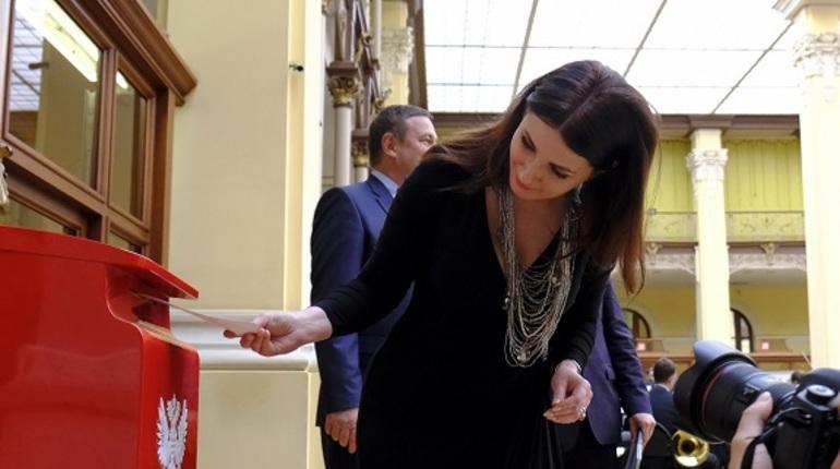 На Главпочтамте в Петербурге появится обновленная стела «Нулевая верста»
