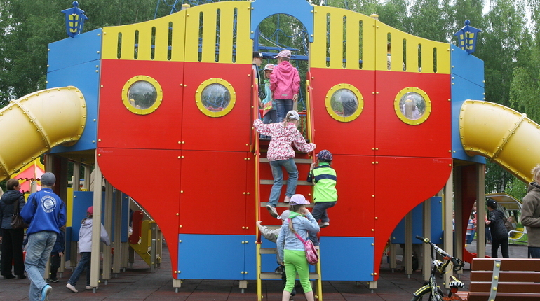 В Ленобласти 28 тыс. детей отправились в летние лагеря