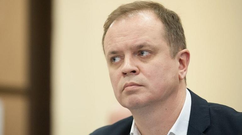 Городской суд продлил меру пресечения петербургским саентологам сверх предельного срока