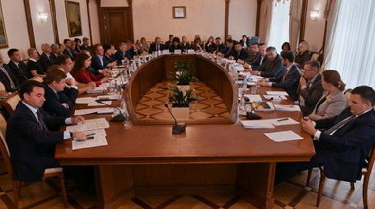 В Ленобласти создали штаб по выполнению «майских указов» президента
