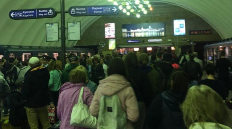 На вход закрыли станцию метро «Озерки»