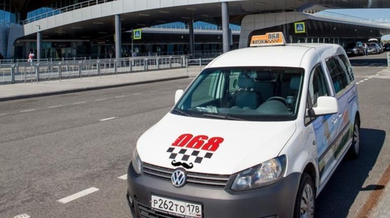 В Петербурге на следующей неделе начнут ездить «усатые» такси.