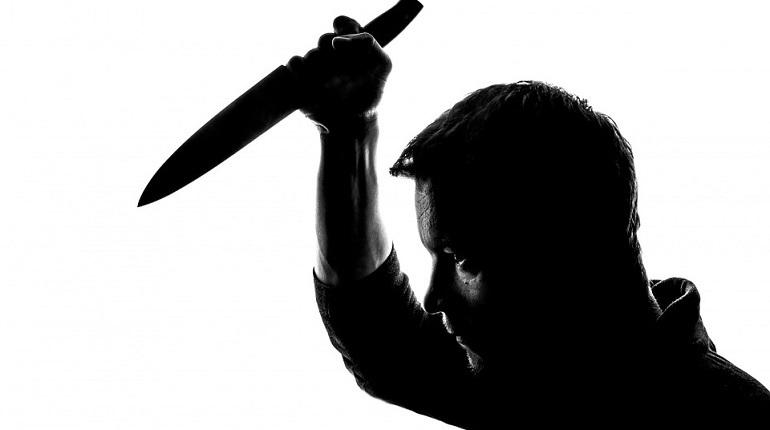 Петербуржец обвиняется в умышленном  причинение тяжкого вреда здоровью с использованием ножа.