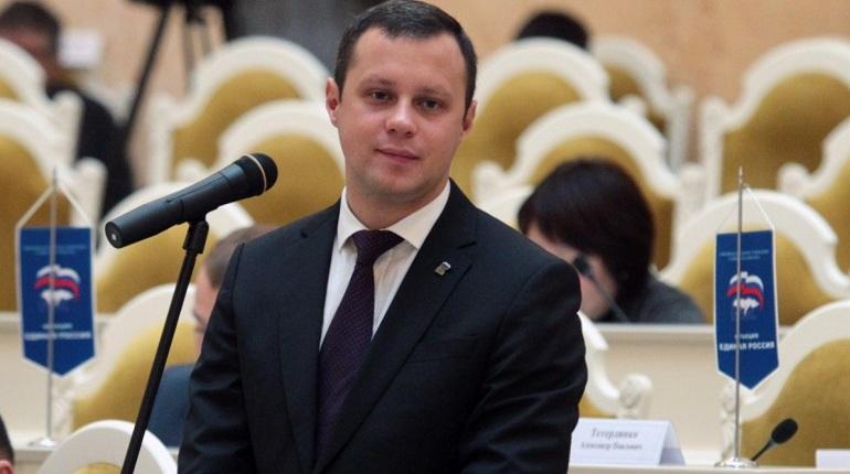 Депутаты Законодательного собрания Петербурга решили увеличить штрафы за браконьерство краснокнижных животных и растений. Законопроект 15 июня был одобрен на заседании парламентской комиссии по законодательству.