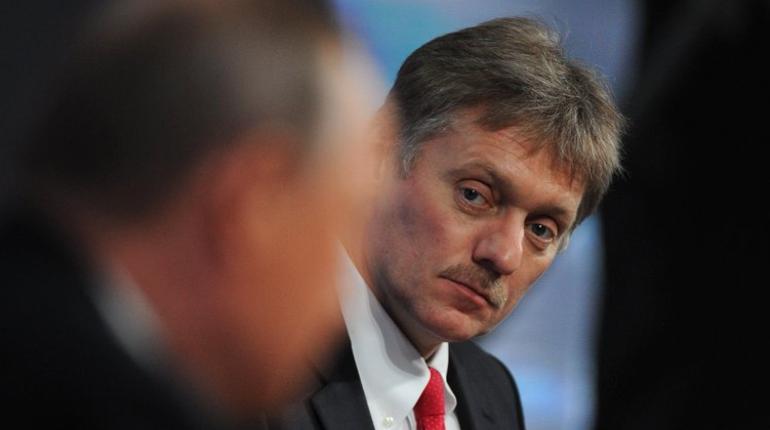 Президент России остался доволен победным выступлением сборной РФ в матче-открытии 14 июня. Россияне разгромили саудитов со счетом 5:0. Глава государства наблюдал за игрой.