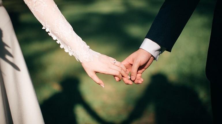 Прокуратура Московского района предъявила иск о признании недействительны брака, заключенного гражданкой Российской Федерации и гражданином Грузии.