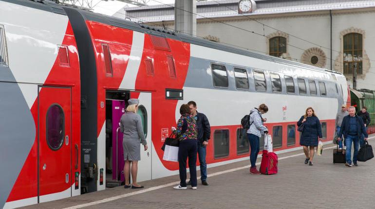 До конца году из Калининграда до Петербурга могут пойти двухэтажные поезда. Об этом сообщила министр развития инфраструктуры области Елена Дятлова.
