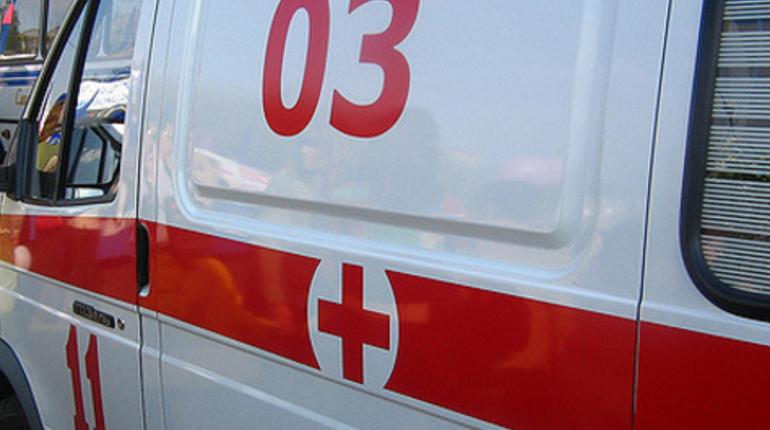 В Петербурге полиция выясняет обстоятельства нападения на гражданина Франции, а также ищет больницу, в которой ему оказали помощь.