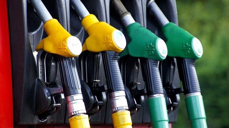 Губернтор Ленинградской области Александр Дрозденко рассказал о подготовке законопроекта о переходе на газомоторное топливо.