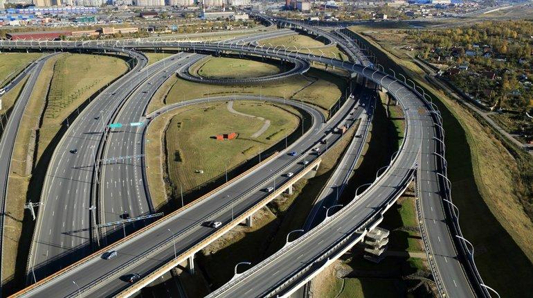 Внезапное перекрытие дорог на КАД построило длинную очередь из машин