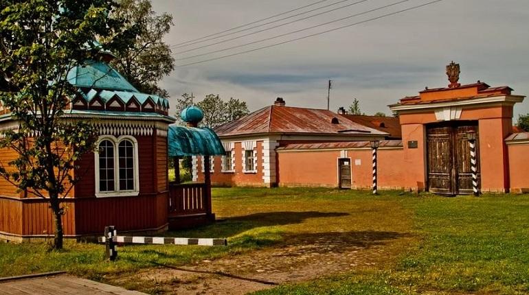 В Ленинградской области в деревне Выра отреставрируют музей «Дом станционного смотрителя»