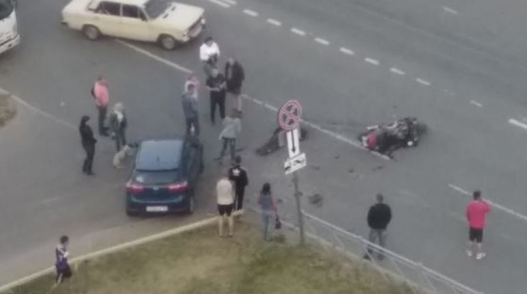 Очевидец: еще одного мотоциклиста сбили насмерть в Петербурге
