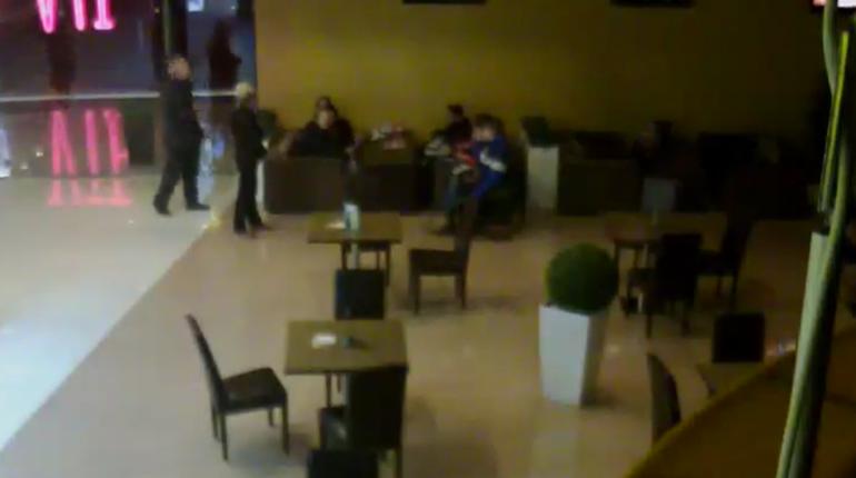 «Лицо непонравилось»: вПетербурге мальчиков-инвалидов выгнали изкинотеатра «Мираж-Синема»